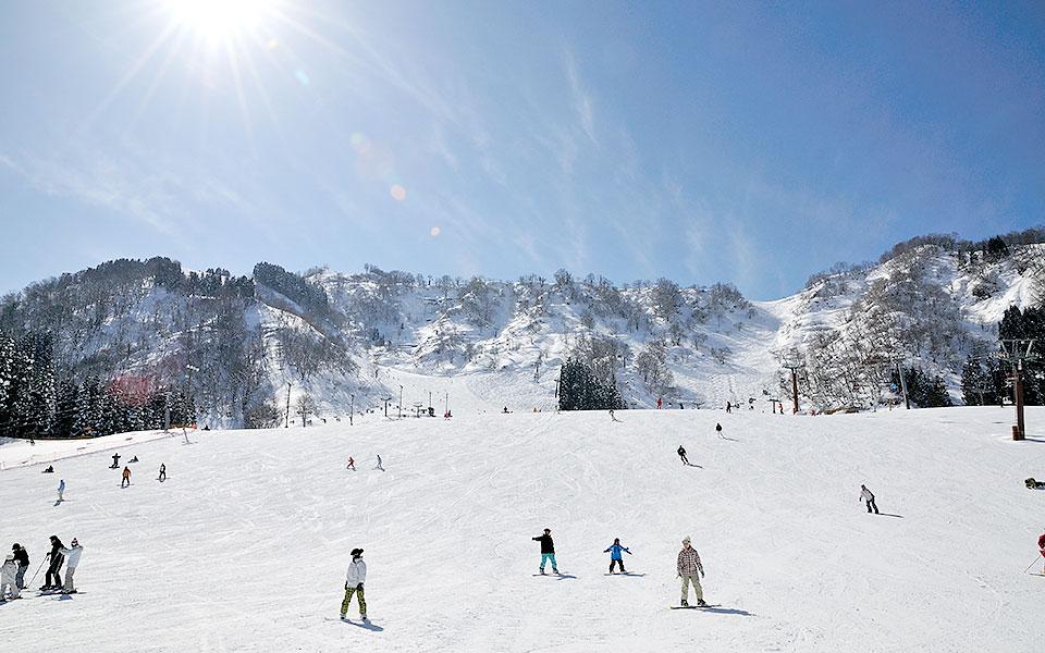 하쿠산 이치리노 온천 스키장・가나자와 세이모어 스키장